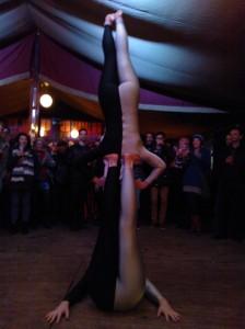 Spiegeltent Bristol gymnasts