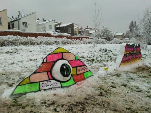 Snow graffiti in Totterdown